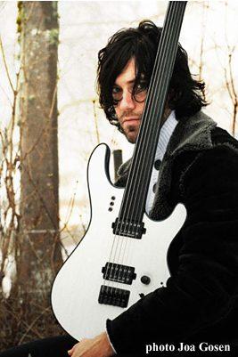 Daniel Gildenlöw zgitarą Mayones, foto Joa Gosen